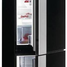 Хладилник с фризер Gorenje NRKORA62E - А++ Ota Ito, черен
