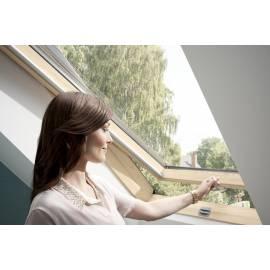 VELUX Standard GZL 1050 B (66 x 118 см) покривен прозорец с долно управление