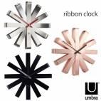 """Часовник за стена """"RIBBON"""" - цвят инокс - UMBRA"""