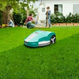 Робот за косене на трева