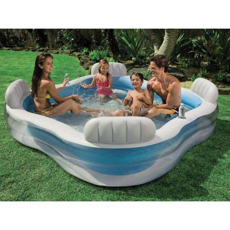 Семеен басейн
