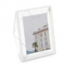 "Рамка за снимки ""PRISMA"" - цвят бял - 20х25см - UMBRA"