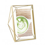 "Рамка за снимки ""PRISMA"" - цвят месинг - 13х18см - UMBRA"