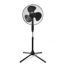 Вентилатор - стоящ в черен цвят, 50 W, 40 см